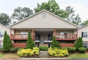 Photo of 208 Brighton Point, Sandy Springs, GA 30328 (MLS # 6703172)