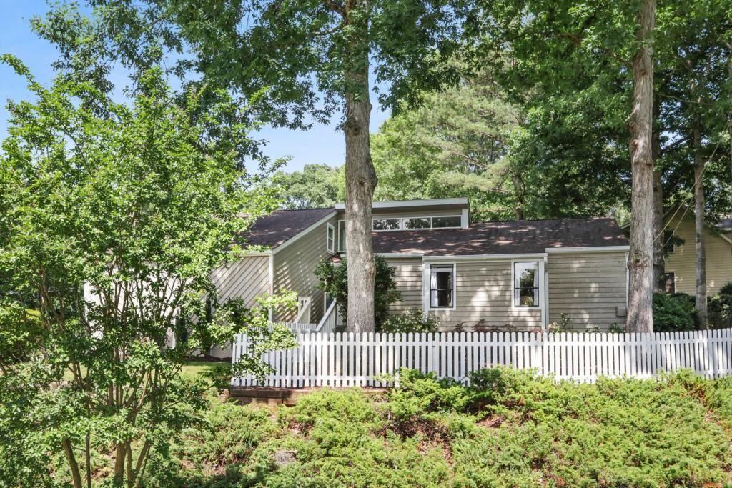 Photo for 3743 Loveland Terrace, Chamblee, GA 30341 (MLS # 6897184)
