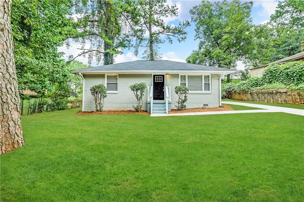 Photo of 2034 W Flat Shoals Terrace, Decatur, GA 30034 (MLS # 6945186)