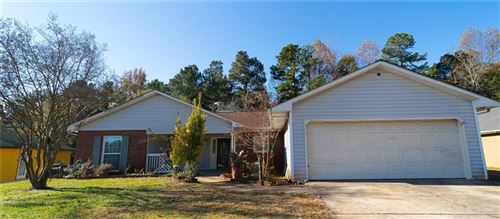 Photo of 3430 Willow Ridge, Gainesville, GA 30504 (MLS # 6645191)