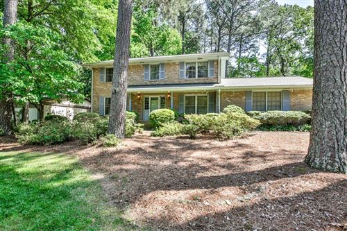 Photo of 2327 Riverglenn Circle, Dunwoody, GA 30338 (MLS # 6881210)