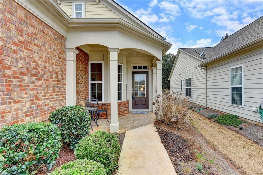 Photo of 6396 Rockpoint Lane, Hoschton, GA 30548 (MLS # 6844219)