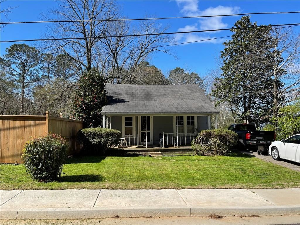 Photo of 207 Pharr Avenue, Dacula, GA 30019 (MLS # 6866238)