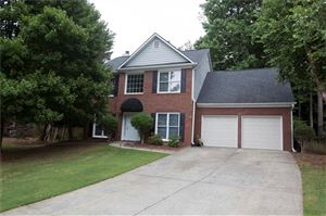 Photo of 135 Parkerwood Way, Alpharetta, GA 30022 (MLS # 6580239)
