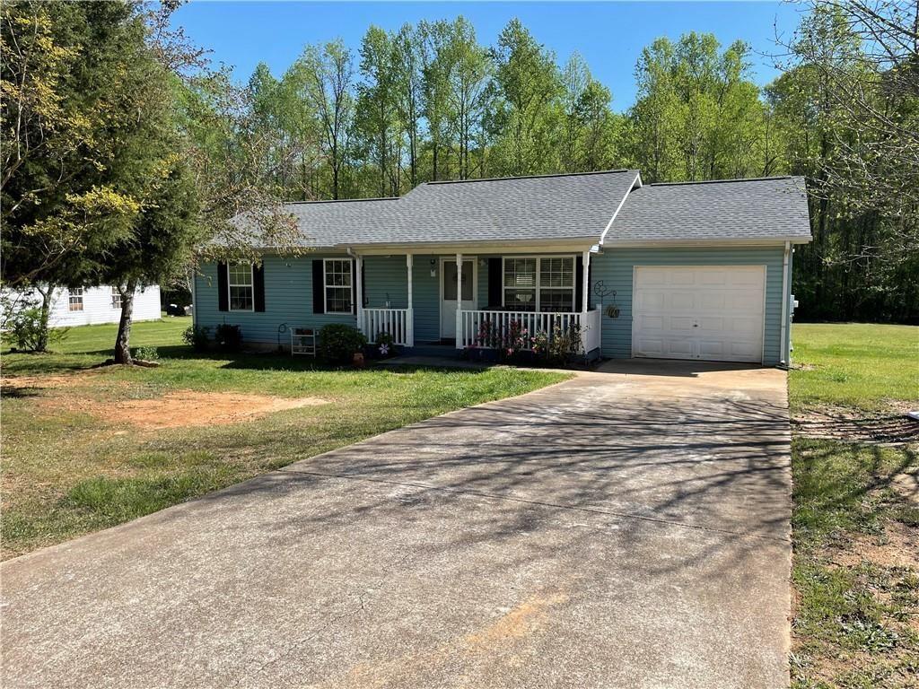 Photo of 4152 Valley Glen, Gainesville, GA 30507 (MLS # 6868242)