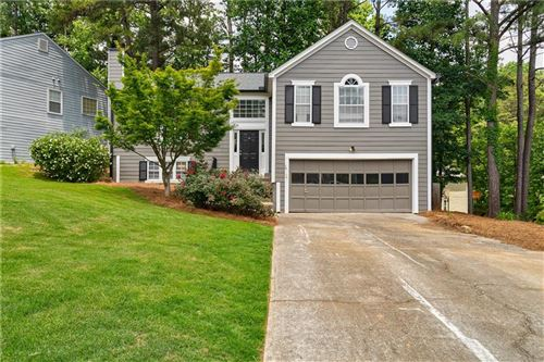 Photo of 520 Old Preston Trail, Johns Creek, GA 30022 (MLS # 6732264)