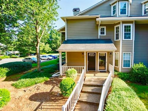 Photo of 1507 Oakridge Court, Decatur, GA 30033 (MLS # 6766269)