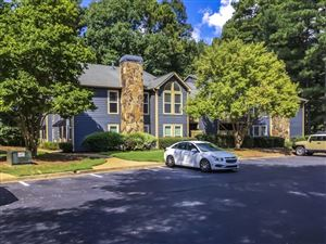 Photo of 3303 CANYON POINT Circle, Roswell, GA 30076 (MLS # 6612277)