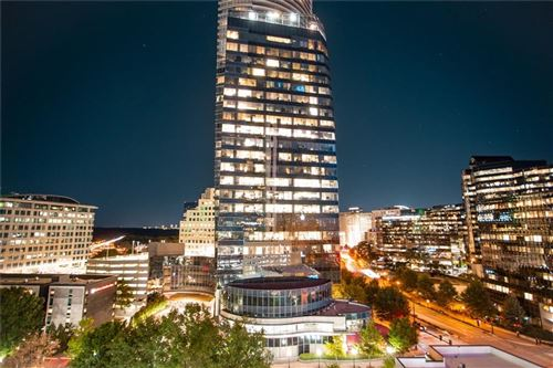 Photo of 3324 Peachtree Road NE #1215, Atlanta, GA 30326 (MLS # 6634278)