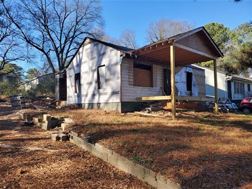 Photo of 586 Center Hill Avenue NW, Atlanta, GA 30318 (MLS # 6686302)
