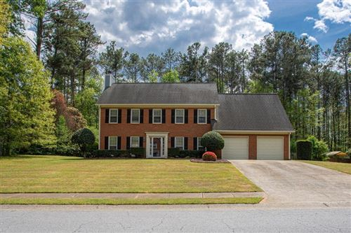 Photo of 1024 E Parsons Greene Drive, Powder Springs, GA 30127 (MLS # 6707305)