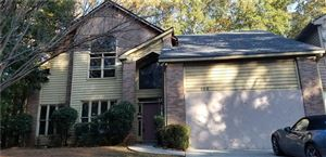 Photo of 100 Lakeview Ridge E, Roswell, GA 30076 (MLS # 6646307)