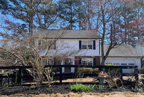 Photo of 949 Smoketree Drive, Tucker, GA 30084 (MLS # 6856316)