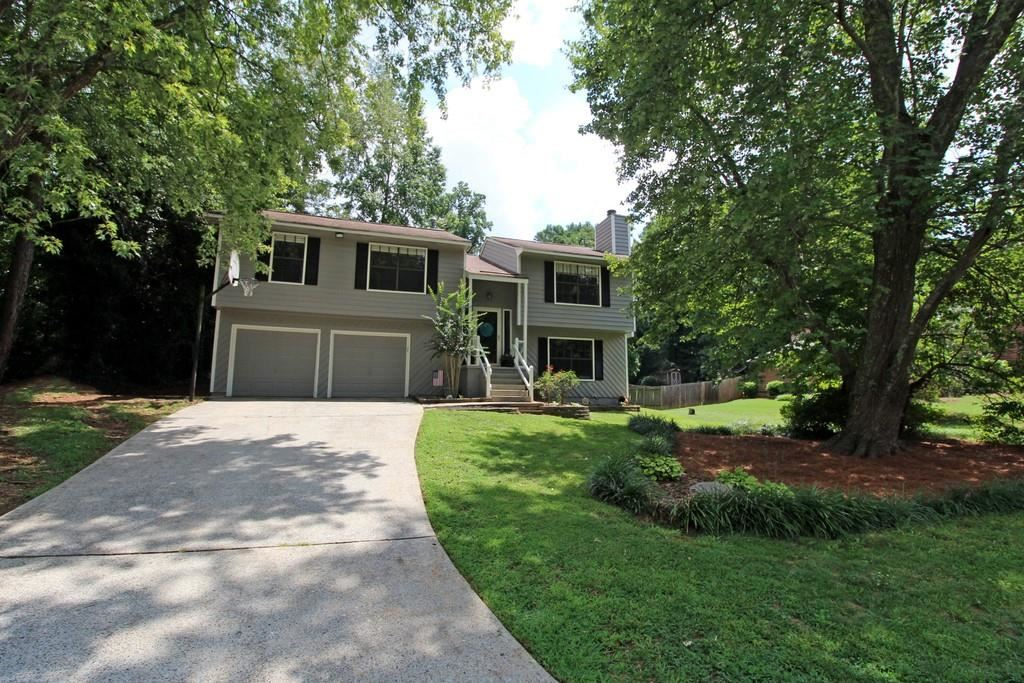 Photo for 4716 Jamerson Forest Parkway, Marietta, GA 30066 (MLS # 6604325)