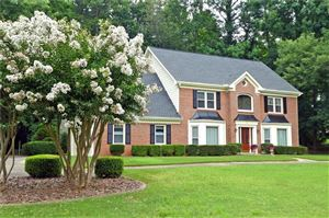 Photo of 285 Barrow Downs, Alpharetta, GA 30004 (MLS # 6584334)