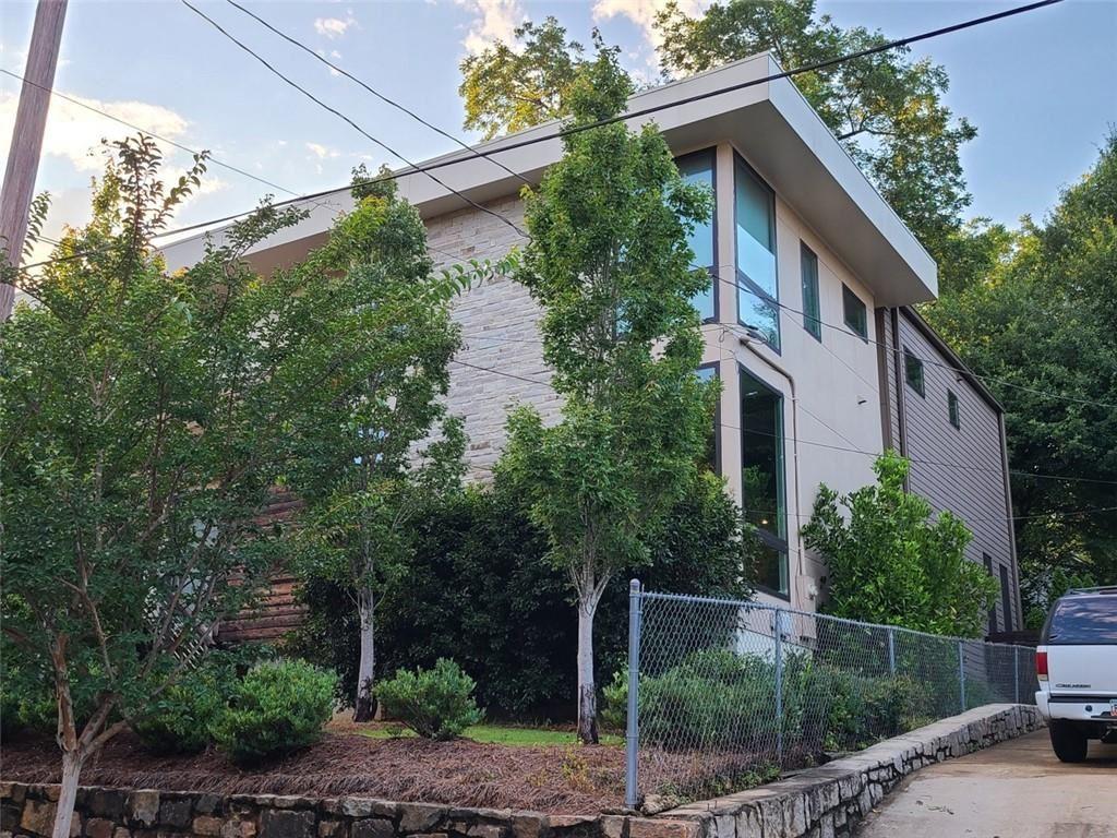 Photo of 608 Mcgruder Street NE, Atlanta, GA 30312 (MLS # 6747334)
