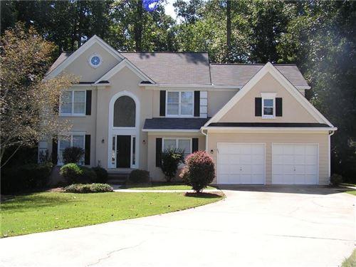 Photo of 6625 Stapleford Lane, Johns Creek, GA 30097 (MLS # 6917347)
