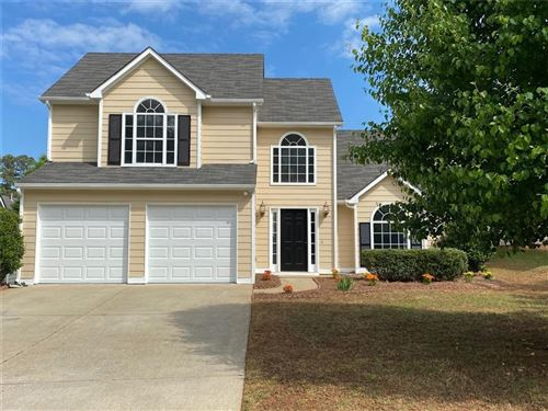 Photo of 2625 Lake Park Bend, Acworth, GA 30101 (MLS # 6706358)