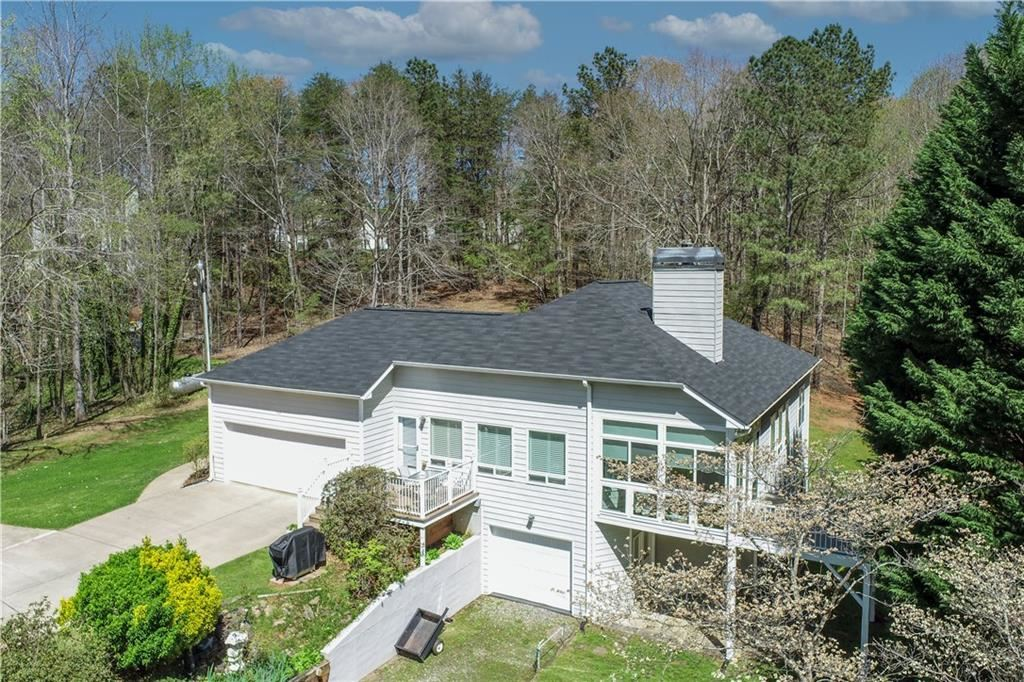 Photo of 9127 Sourwood Drive, Gainesville, GA 30506 (MLS # 6863360)