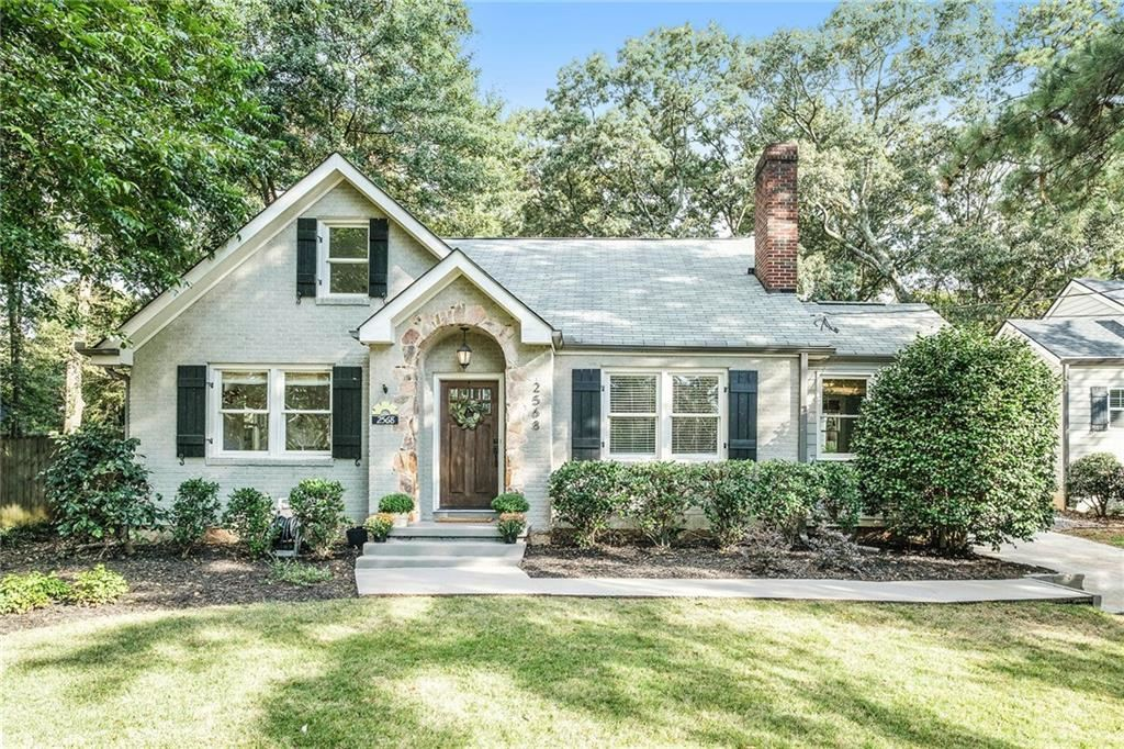 Photo of 2568 Hosea L Williams Drive NE, Atlanta, GA 30317 (MLS # 6795361)