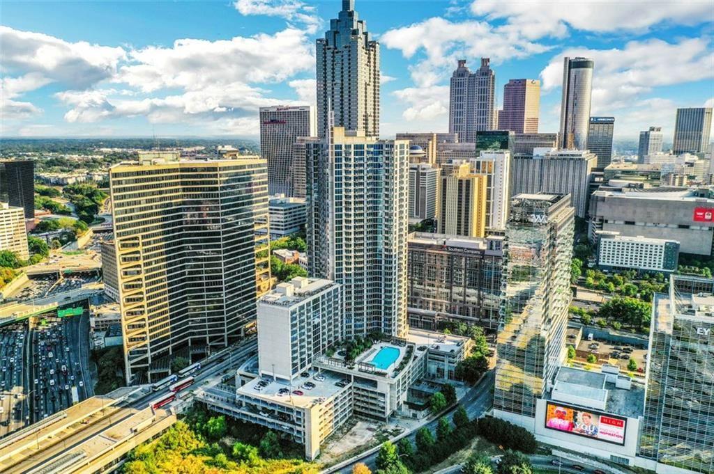 Photo for 400 W PEACHTREE Street NW #3502, Atlanta, GA 30308 (MLS # 6880370)