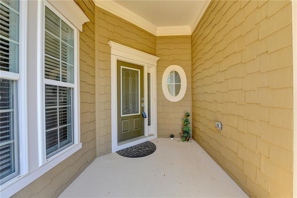 Photo of 5951 Chimney Rock Drive, Hoschton, GA 30548 (MLS # 6865372)