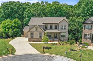 Photo of 9235 Hollywood Drive, Gainesville, GA 30506 (MLS # 6569375)