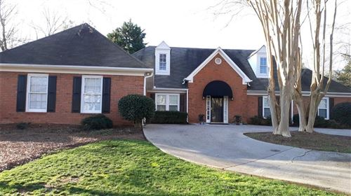 Photo of 410 WEXFORD Way, Roswell, GA 30075 (MLS # 6684375)