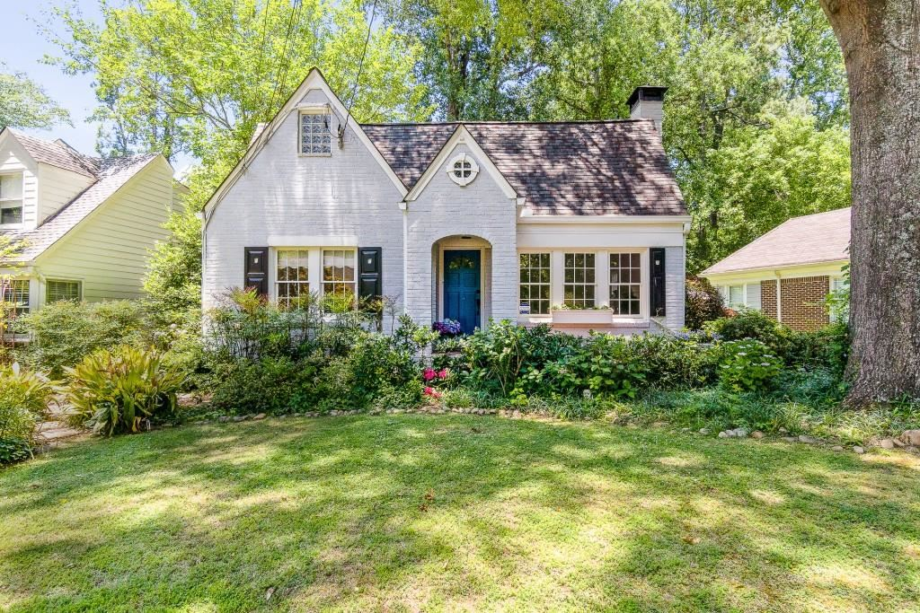 Photo of 1724 Ridgewood Drive NE, Atlanta, GA 30307 (MLS # 6901399)