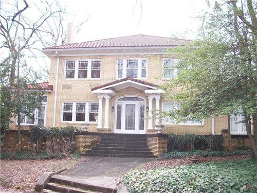 Photo of 1723 S Ponce De Leon Avenue NE, Atlanta, GA 30307 (MLS # 6690415)