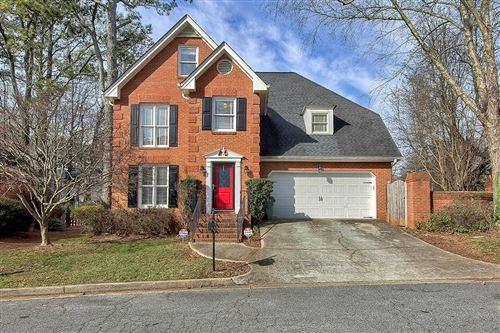 Photo of 1717 Frazier Park Drive, Decatur, GA 30030 (MLS # 6671416)