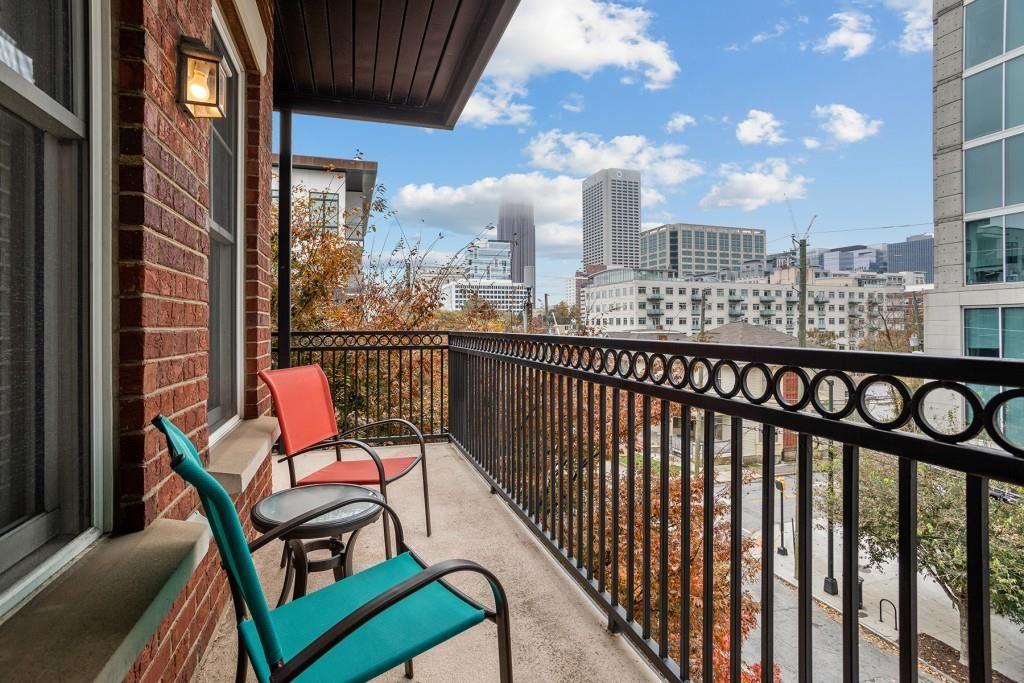 Photo for 850 Piedmont Avenue NE #1410, Atlanta, GA 30308 (MLS # 6808416)