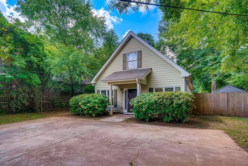 Photo of 2089 College Avenue NE, Atlanta, GA 30317 (MLS # 6908433)