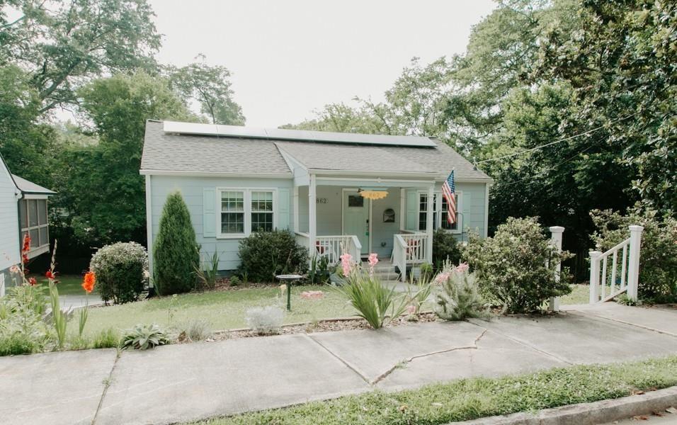 Photo of 862 Rosedale Avenue SE, Atlanta, GA 30312 (MLS # 6916437)