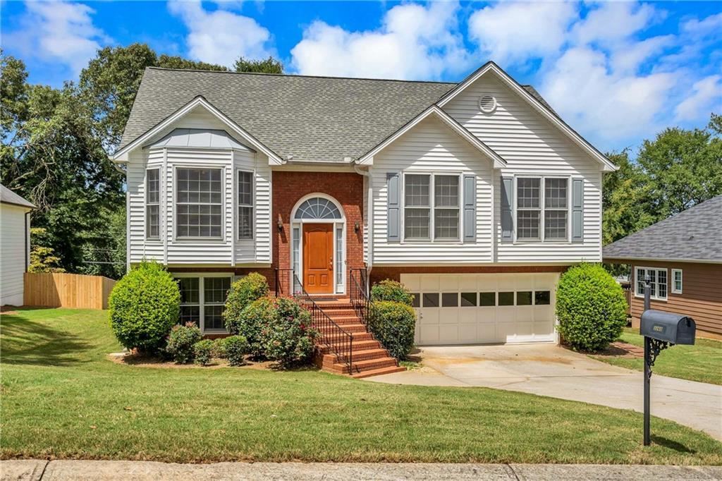 Photo for 3260 Pierce Arrow Circle, Suwanee, GA 30024 (MLS # 6607443)