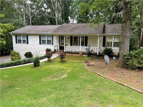 Photo of 132 Hartwood Drive, Woodstock, GA 30189 (MLS # 6924446)