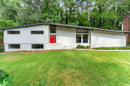 Photo of 2950 Tejas Trail SW, Atlanta, GA 30331 (MLS # 6733450)