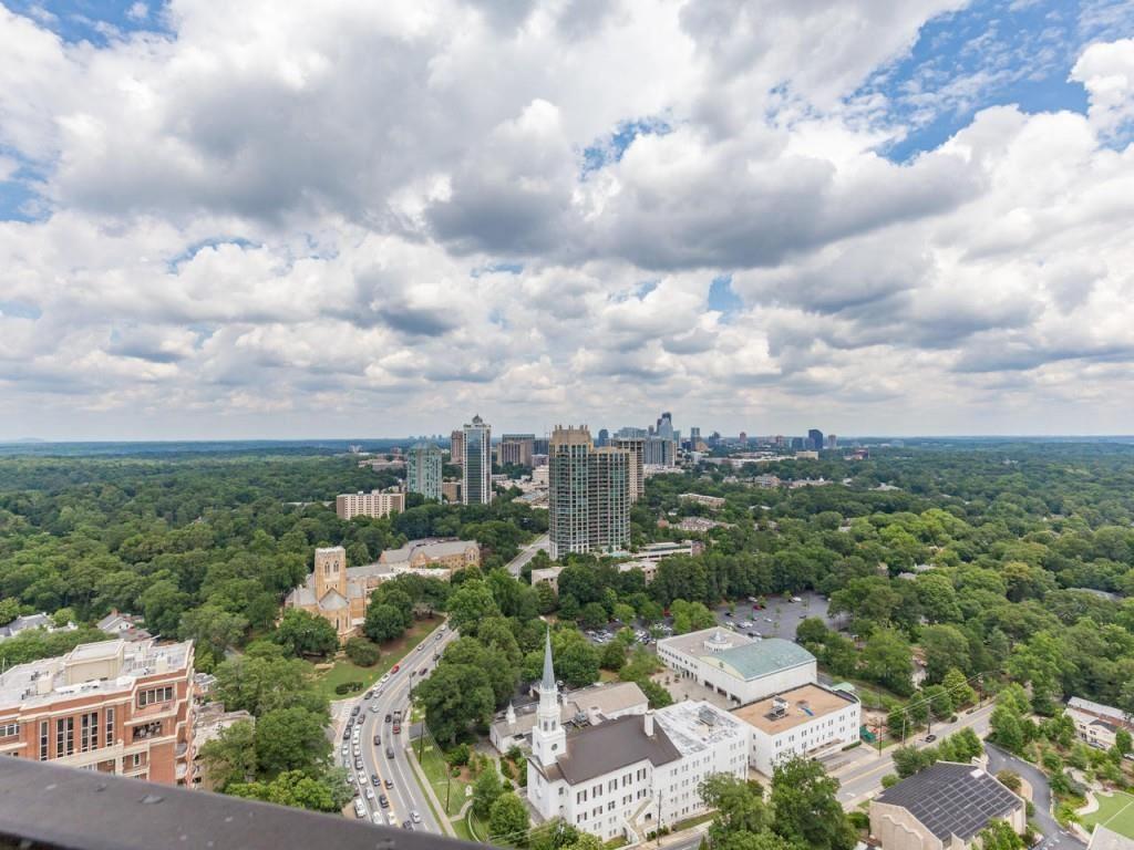Photo for 2660 Peachtree Road #39F, Atlanta, GA 30305 (MLS # 6036451)