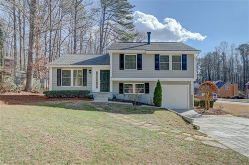 Photo of 1035 Taylor Knoll Close, Roswell, GA 30076 (MLS # 6663452)