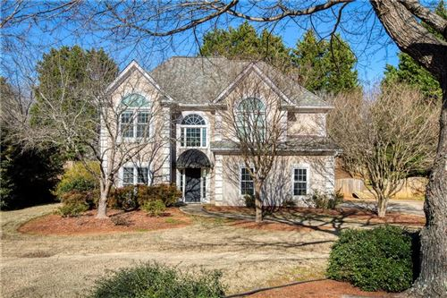 Photo of 530 Bally Claire Lane, Roswell, GA 30075 (MLS # 6667452)