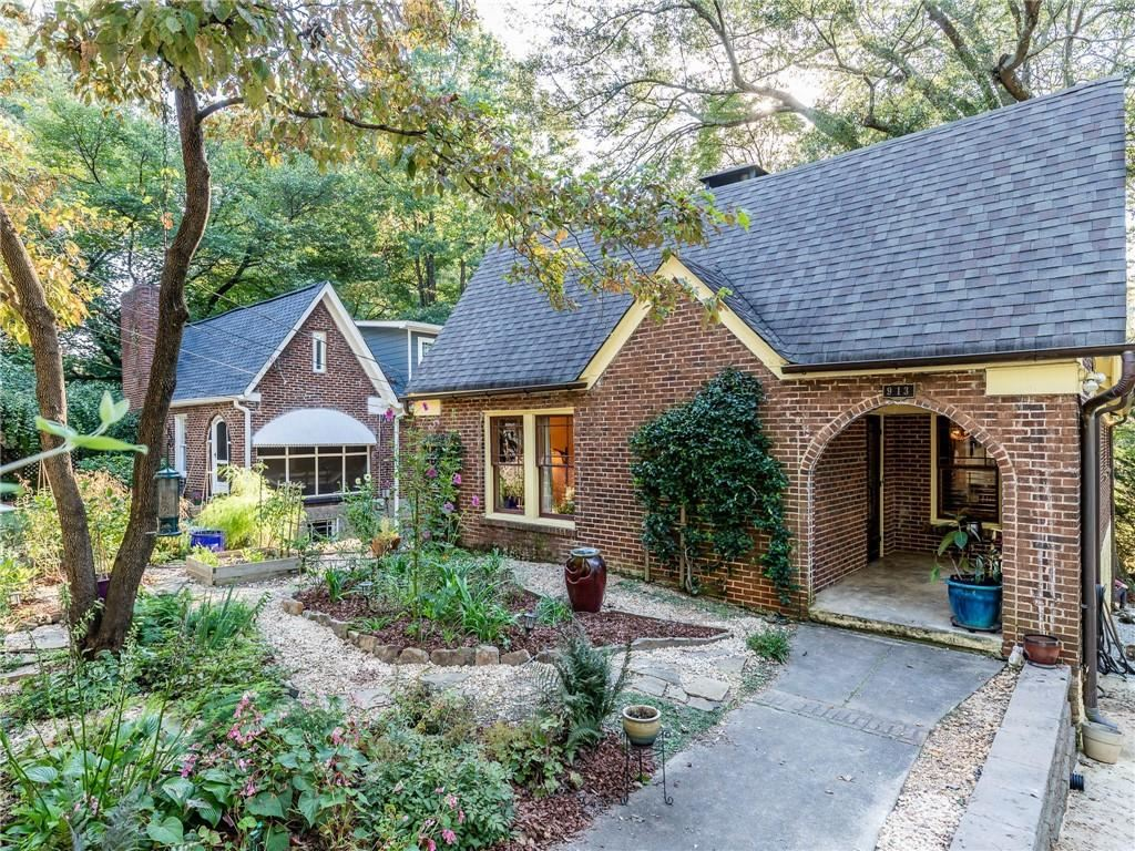 Photo of 913 Underwood Avenue SE, Atlanta, GA 30316 (MLS # 6927463)