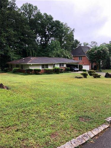 Photo of 2401 Greenglade Road NE, Atlanta, GA 30345 (MLS # 6854473)