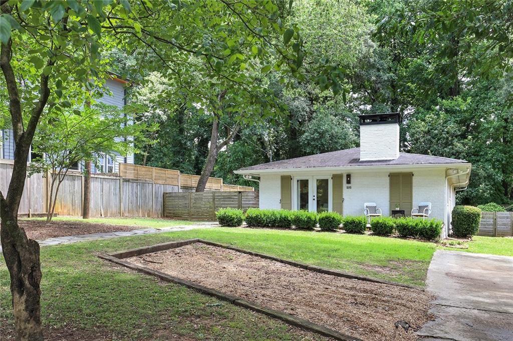 Photo of 1595 Paxon Street SE, Atlanta, GA 30317 (MLS # 6902477)
