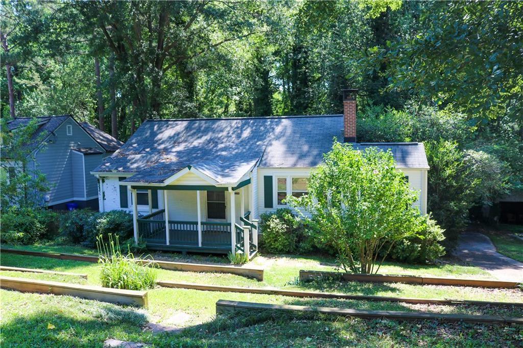 Photo of 1226 Thomas Road, Decatur, GA 30030 (MLS # 6900482)