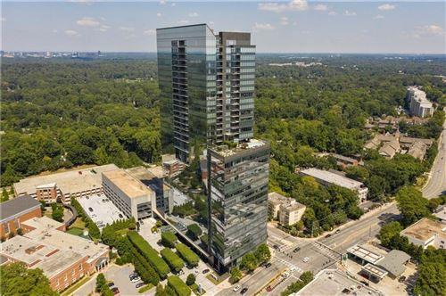 Photo of 3630 PEACHTREE Road NE #2205, Atlanta, GA 30326 (MLS # 6666488)