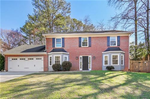 Photo of 9136 BRANCH VALLEY Way, Roswell, GA 30076 (MLS # 6679503)