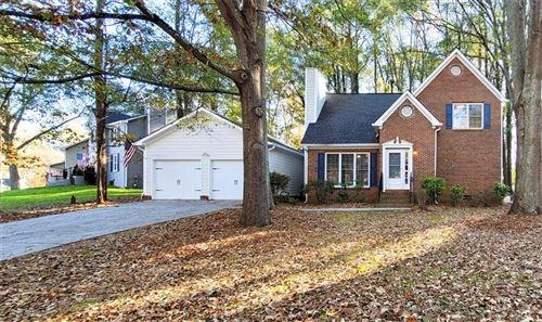 Photo of 2473 Zachary Woods Drive NW, Marietta, GA 30064 (MLS # 6811506)