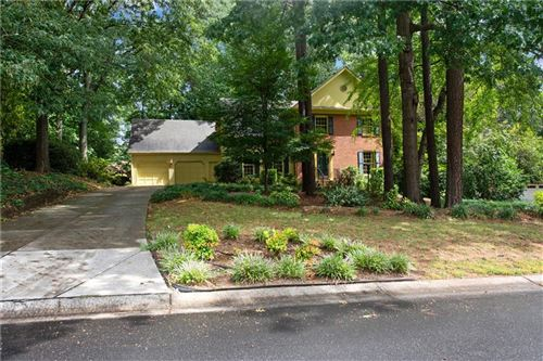 Photo of 3141 W Somerset Court SE, Marietta, GA 30067 (MLS # 6762526)