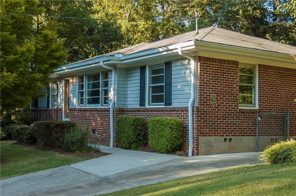 Photo of 594 Densley Drive, Decatur, GA 30033 (MLS # 6944529)