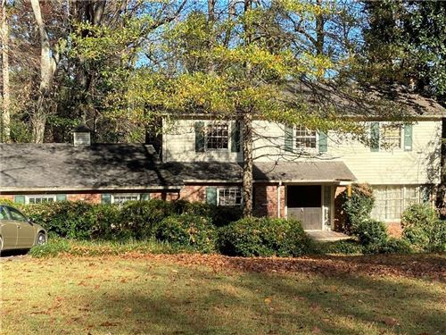 Photo of 2462 Echo Drive NE, Atlanta, GA 30345 (MLS # 6817540)